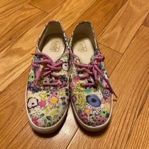 2 for 40$ 💕 Cute floral Keds